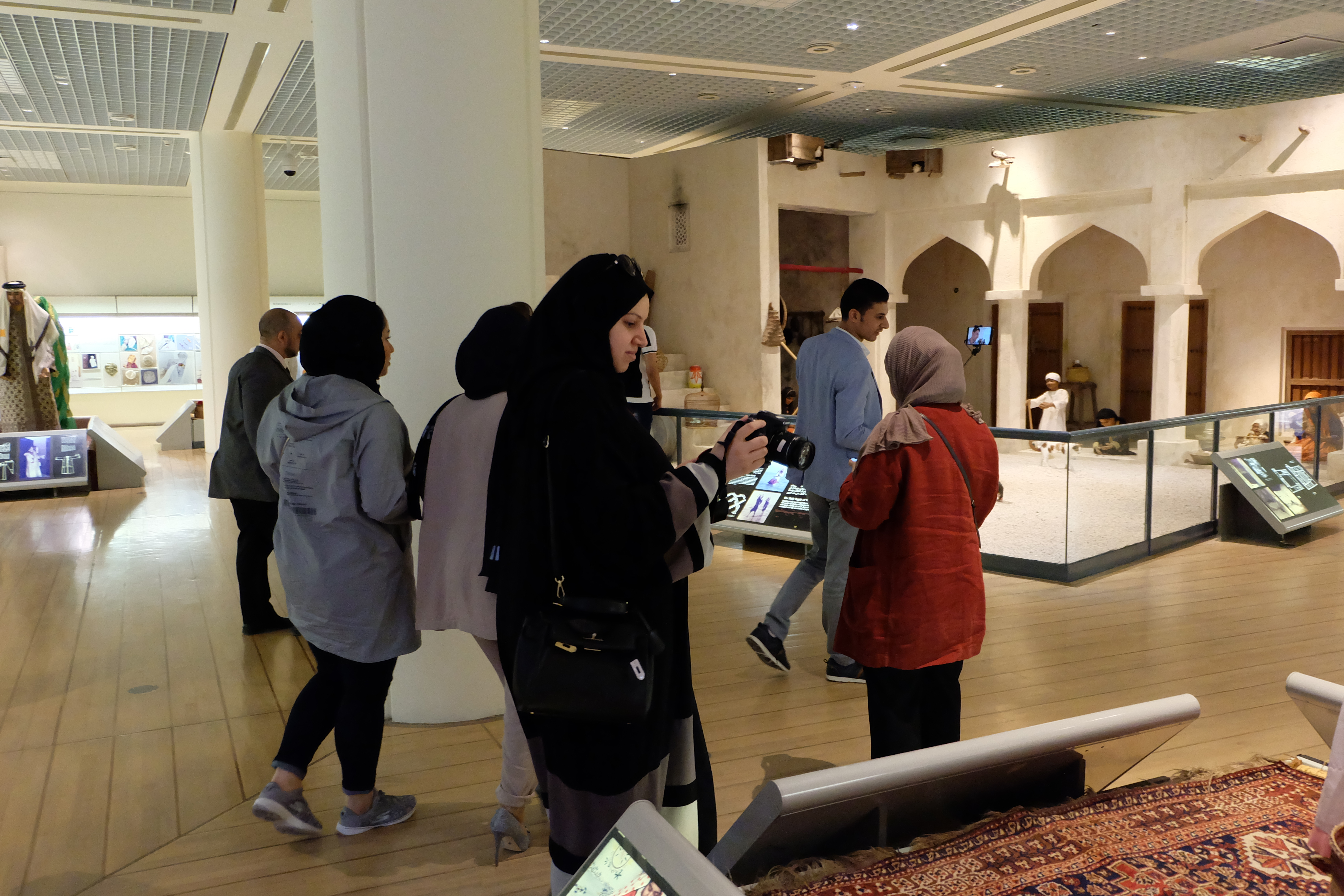 Keepers Tour at Bahrain National Museum and Boat Ride to Abu Maher Fort